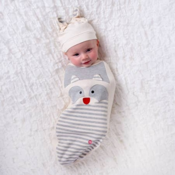 BABYJOE Other - Raccoon Baby Set - Swaddle, Hat and Card